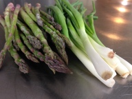 Heavens Edge Farm asparagus and Thistledowne Spring Onions May 2014 (8)